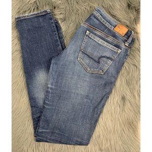 Denim - American Eagle Straight Blue Jeans